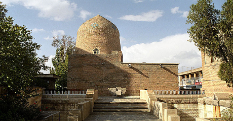 hamadan-mausoleum-esther-mordechai